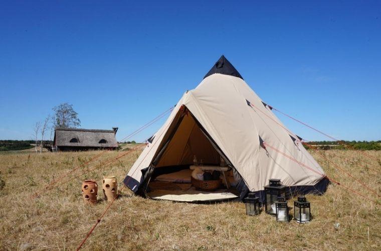 Sov i telt området